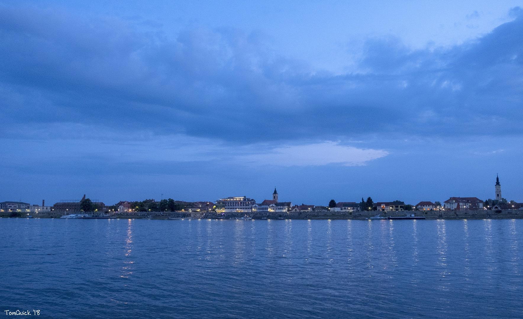 Kék város